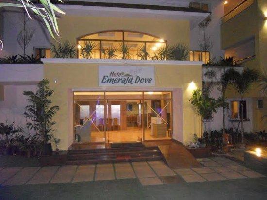 Hotel Emerald Dove Hotel Nigress Yelagiri Tamil Nadu Hotel Reviews Photos Rate