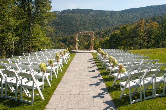 Sunday River Resort: The Jordan Hotel is a popular place for wedding ceremonies and receptions.