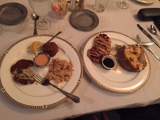 Marshall, TX: Crab cakes and Pineapple chicken