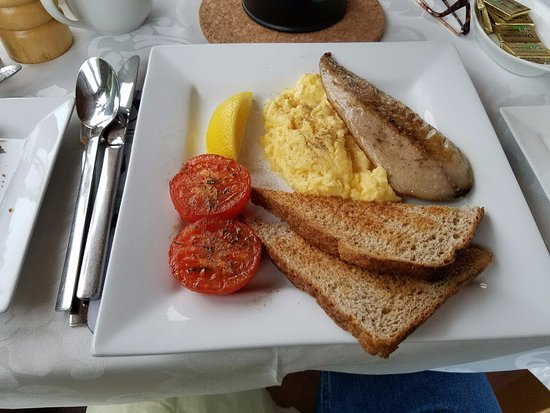 Inishowen Lodge : Husband's breakfast--scrambled eggs and mackerel