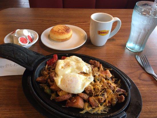 Port Huron, Мичиган: Yummy Santa Fe Skillet!