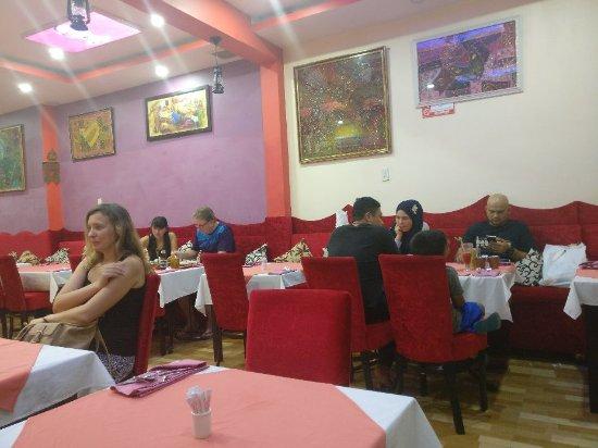Omar's Tandoori cafe : TA_IMG_20171020_213657_large.jpg