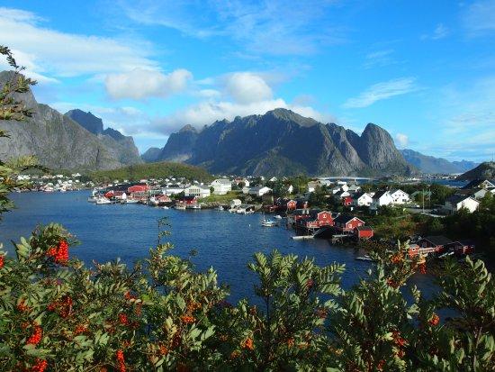 Рене, Норвегия: 綺麗なReineの町