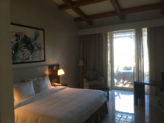 Jebel Dhanna, ОАЭ: Schönes großzügiges Zimmer (Chalet 026)