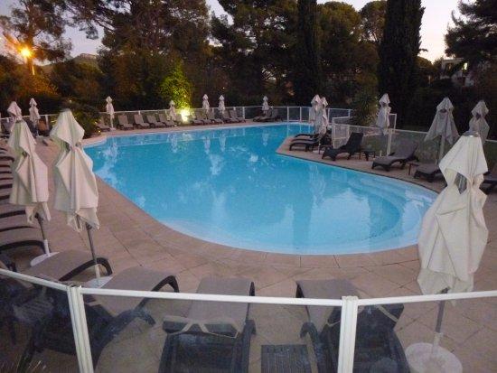 Saint-Cyr-sur-Mer, Francia: Grand Hôtel Les Lecques_St Cyr s/Mer_La piscine