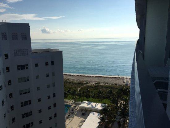Grand Beach Hotel Photo