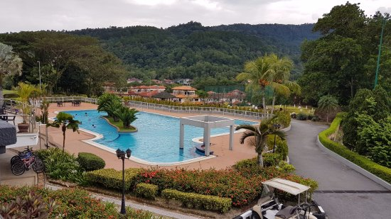 Meru Valley Resort