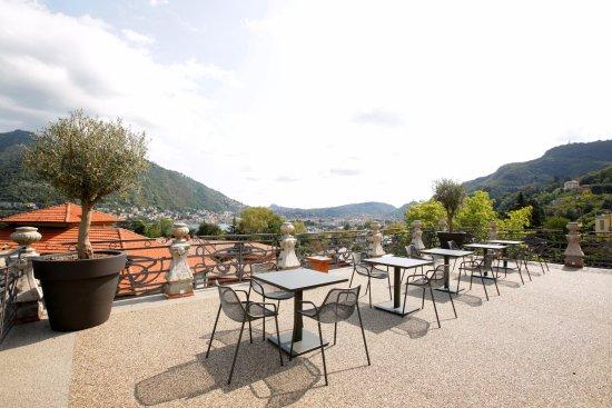 Torretta villa liberty foto di villa liberty como for Lago tavolini