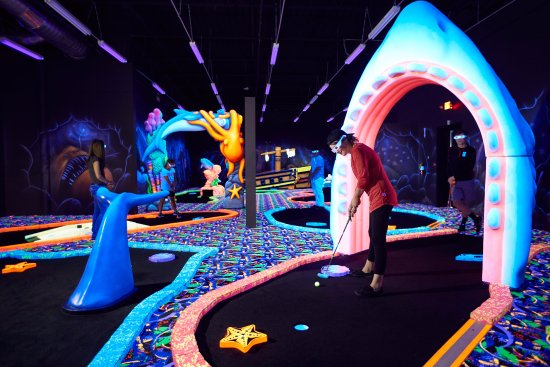 Brunswick, OH: Mini-golf