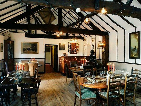 Leominster, UK: Beautiful Beamed Candlelit Dining Room