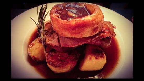 Leominster, UK: Sundays Roast, Beef, Lamb, Chicken, Pork (when available)  booking is advised, thankyou