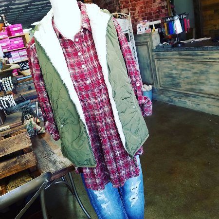 Sulphur, OK: Women's Clothing