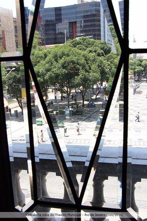 Theatro Municipal do Rio de Janeiro: Visão da praça