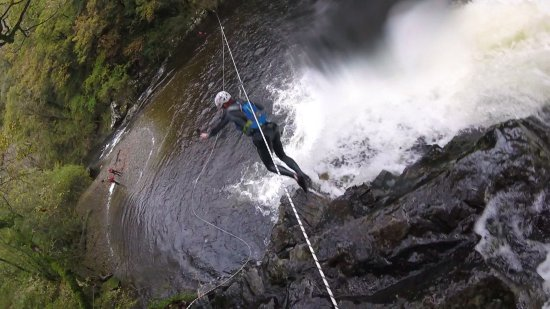 Harlech, UK: Jumping from the Waterfall using a Zipwire