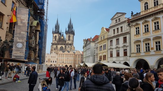 Altstädter Rathaus mit der astronomischen Aposteluhr: Staroměstská radnice s orlojem