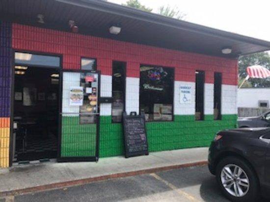 Napolitanos Brooklyn Pizza 100 East St Cranston RI