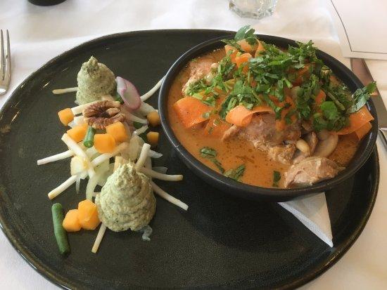 Grayshott, UK: Chicken Curry