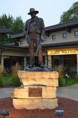 John Wayne Birthplace & Museum: John Wayne Museum