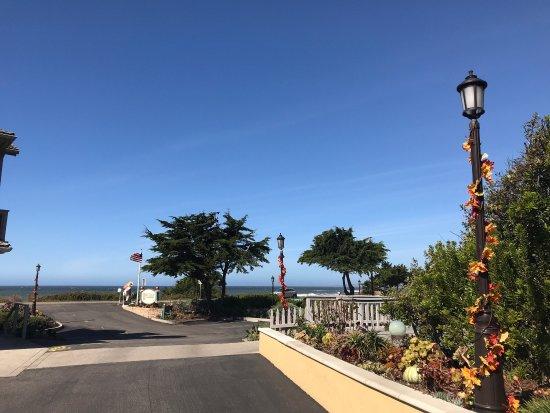 Pelican Inn & Suites : photo1.jpg