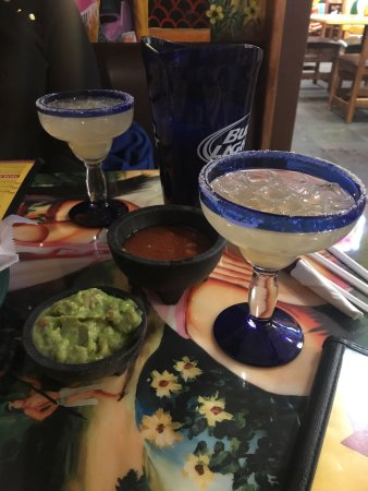 Thief River Falls, MN: Pitcher of Texas Margaritas!!!