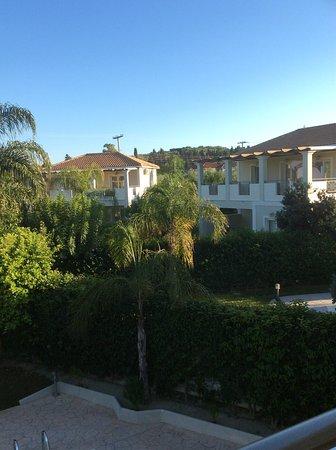 Mamfredas Resort: Your neighbour