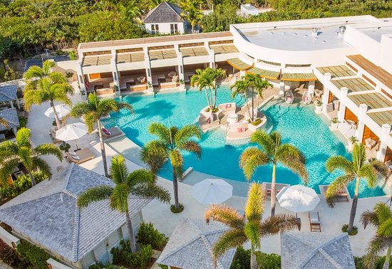 Long Bay Beach, Providenciales: Colonnade Pool