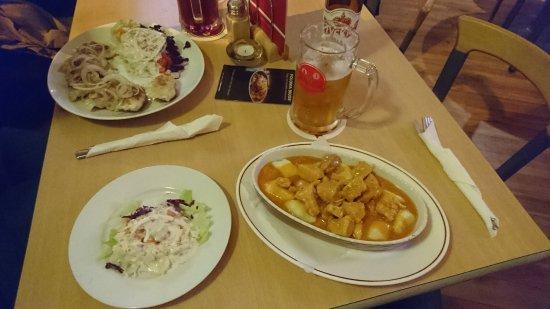 Essen auf dem tisch picture of polonia aachen tripadvisor for Tisch essen