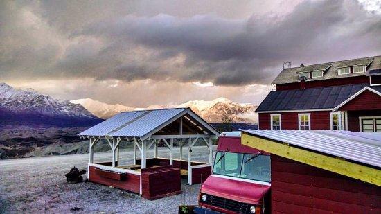 Kennicott, AK: Pre-Season Snow on the Mountains