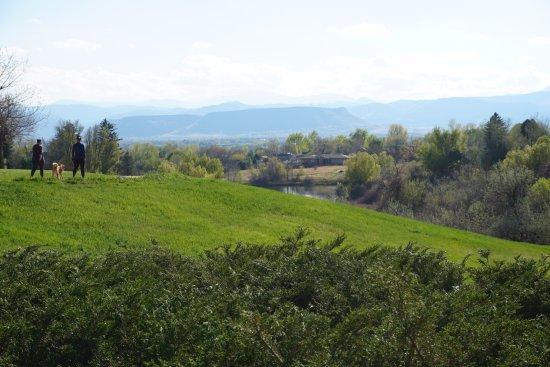 Arvada, Colorado: Enjoy the Majestic View