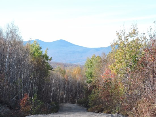 Gorham, NH: The magnificent views of the white mountains in the horizon
