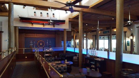 Jensen Beach, FL: Bar Dining Area