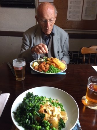 Saint Mary in the Marsh, UK : Scampi & Chips and Smoked Haddock Gratin with Kale