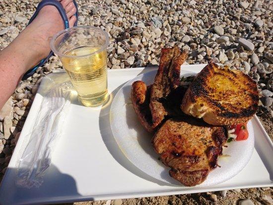 Dassia, Grecia: The perfect lunch!