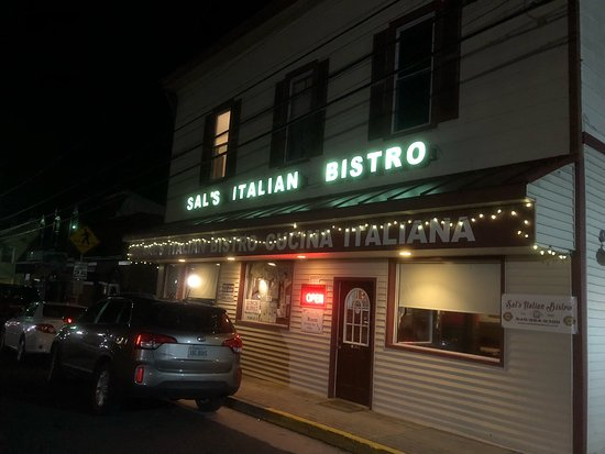 Sal's Italian Bistro Image