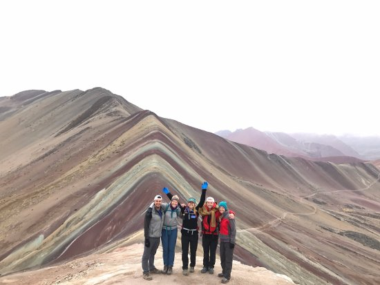 Apus Peru: Rainbow Mountain
