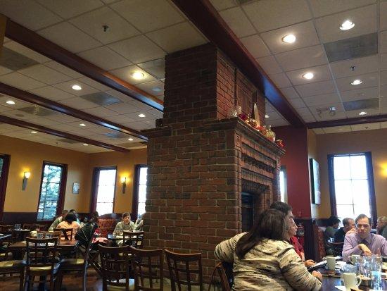 Libertyville, IL: Fireplace