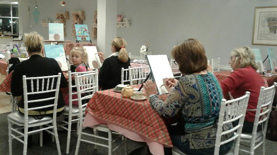 We host paint and sip classes or you can host one for for Paint and sip louisville co