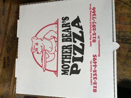 Mother Bear's Pizza: photo1.jpg