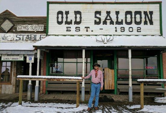 Old Saloon Est 1902, Emigrant, Montana
