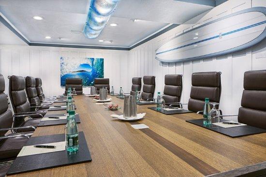 Del Mar, CA: LAuberge_Meetings_BoardroomLeft
