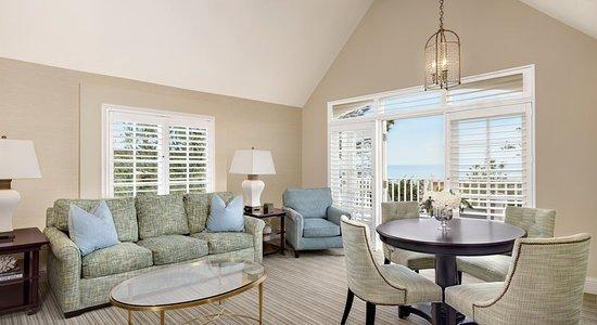 Del Mar, CA: LAuberge_PacificSuite_Livingroom