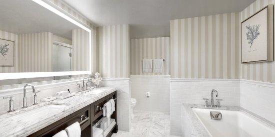Del Mar, CA: LAuberge_PacificSuite_Bathroom