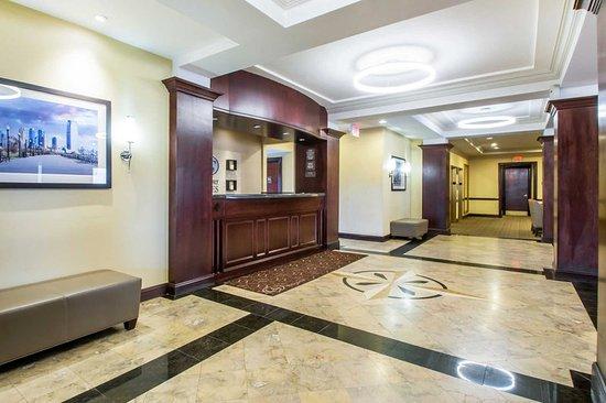Avenel, Nueva Jersey: Hotel lobby