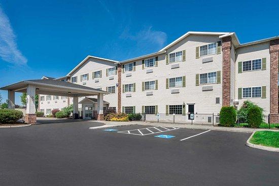 Yakima, واشنطن: Hotel exterior
