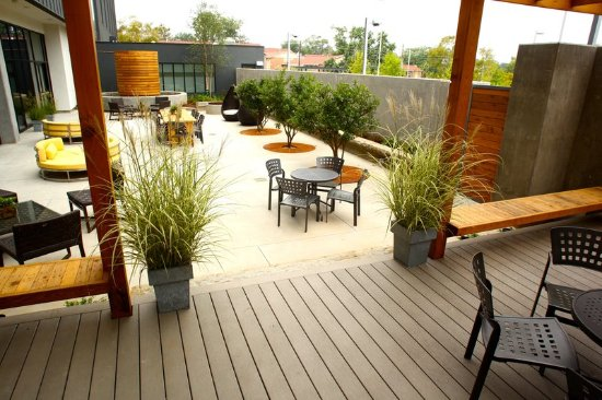 Athens, GA: The Madison Bar & Bistro Patio