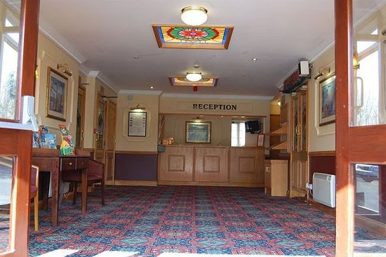 Yatton, UK: Lobby