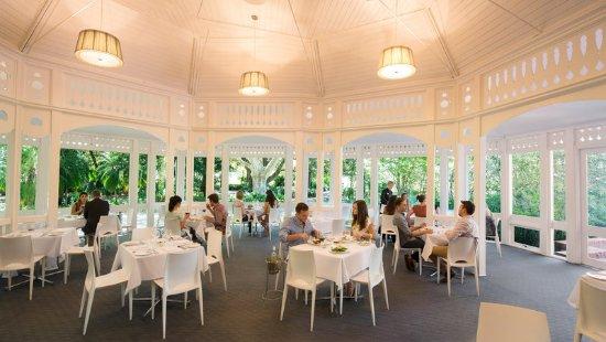 Intercontinental adelaide 2017 prices reviews photos for Au jardin restaurant botanic gardens