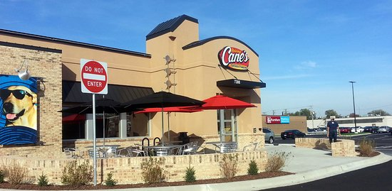 Harwood Heights, IL: front of Raising Cane's Chicken Fingers