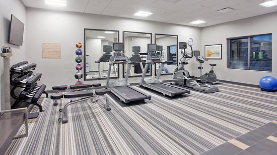 Grand Island, NE: Candlewood extended stay guests will really appreciate our gym