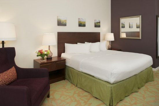 Campbell, CA: King Guest Room